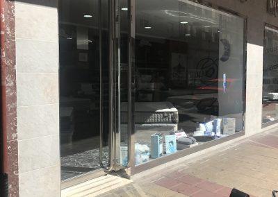 ESCAPARATE DE COMERCIO (1)